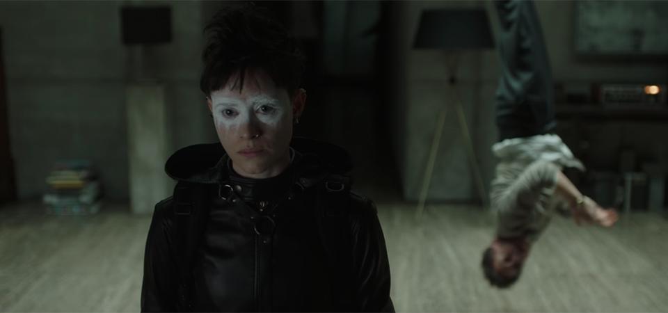 莉絲莎蘭德回來了!《龍紋身的女孩》續作電影《蜘蛛網中的女孩》11 月上映
