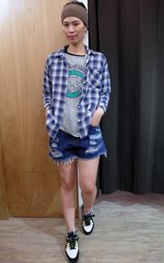 無品牌 麻棉格紋襯衫的時尚穿搭