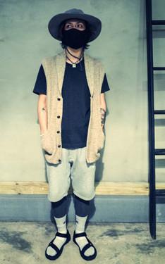 時尚穿搭:黑米灰