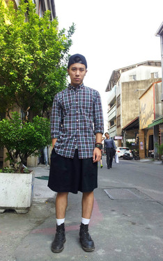 時尚穿搭:plaid shirt &  culottes