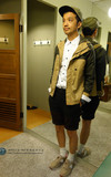 RADIENT 風衣外套的時尚穿搭
