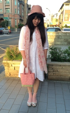 時尚穿搭:粉紅小清新