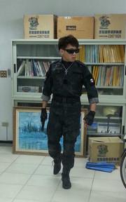 無品牌 蟒蛇紋迷彩戰鬥服的穿搭