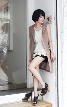 時尚穿搭:夏日的層次女孩感