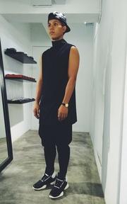 俐落剪裁的黑色時尚