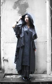 MOI NON PLUS 異材質拼接毛料背心的時尚穿搭