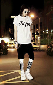 URB URB BLACKNWHITE MELTING LEGGINGS FOR MEN(內搭褲) 的穿搭