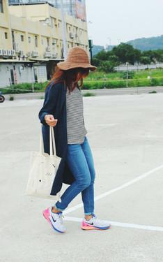 時尚穿搭:格紋長版襯衫 X 針織紳士帽