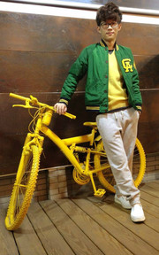 NO BRAND NOT MY BIKE的穿搭