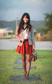 Outfit 31│Lady in Red