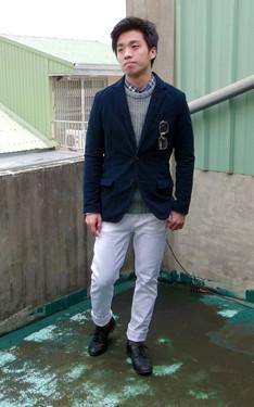 時尚穿搭:簡單。淺藍到深藍