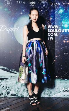 時尚穿搭:COR-DATE《 太空派對 》