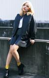 ZARA 高腰皮裙的時尚穿搭