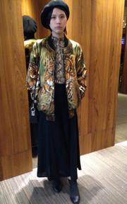 H&M 蛇紋襯衫的穿搭