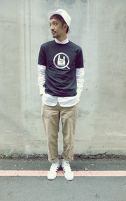 UNITED ARROWS & SONS 短TEE的穿搭