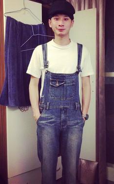 時尚穿搭:夏日男生吊帶褲