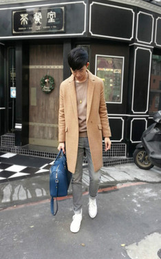 時尚穿搭:The same coat , different looks.
