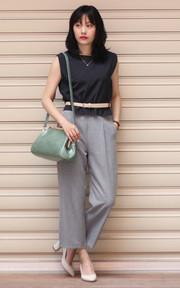 無品牌 細條紋灰色寬褲的時尚穿搭