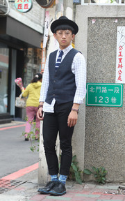 SPRY 針織領帶的穿搭