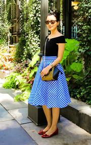 LAUREA 條紋紗裙的穿搭