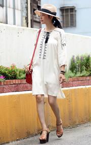 ZARA 民俗風刺繡洋裝的穿搭