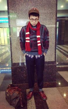 時尚穿搭:提前聖誕紅,低溫冷到鼻頭紅。