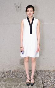 DRESSCODE 金根弧度設計高跟鞋的時尚穿搭