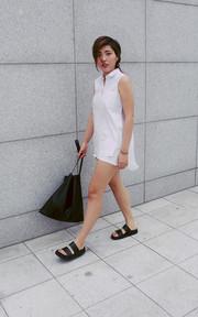 MANGO 白色牛仔褲的穿搭