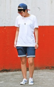 BREAD AND BOXERS CREW-NECK RELAXED的穿搭