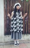 BLACK CHANNEL CLOTHING X CAFE´ 山荷葉花色洋裝的時尚穿搭