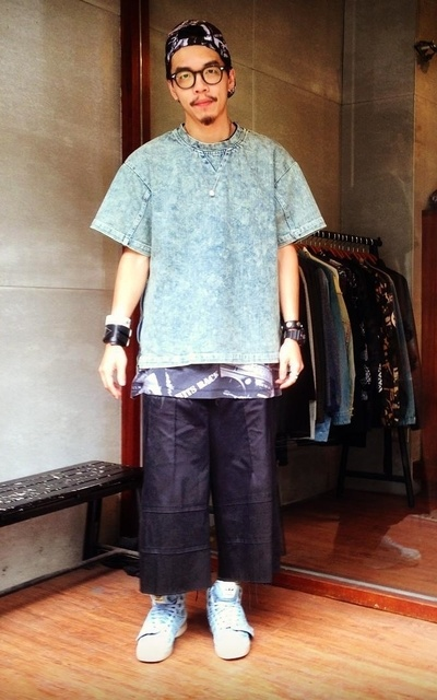 適合#OVKLAB、 PULLOVER SHIRT、 PATTERN SNAPBACK、 PATTERN SLEEVELESS、PRIDGEN HAKAMA PANTS、OVKLAB、SLIGHTLY NUMB的穿搭
