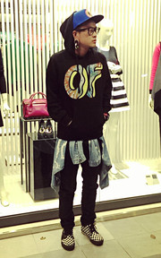 ODD FUTURE SWEATSHIRT 的穿搭