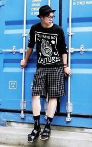 ACRYPSIS 格紋短褲的時尚穿搭