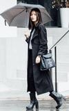 時尚穿搭:走在雨中