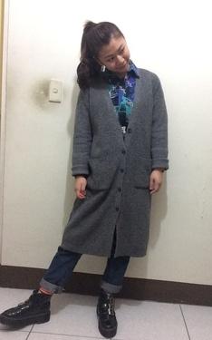 時尚穿搭:灰針織
