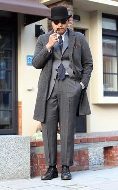 時尚穿搭:福爾摩斯的厚片迷弟