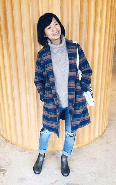 適合英倫混搭、個性、西裝外套、雨靴、帆布袋、日本買的、MéDUSE、ORENDA 的穿搭