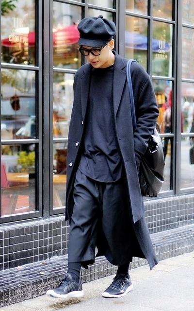 適合簡約時尚、時尚潮流、街頭混搭、NORMCORE的穿搭