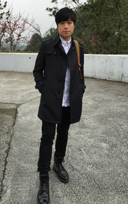 THE SUIT COMPANY TRENCH COAT的時尚穿搭