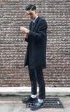 KOMONO KOMONO WINSTON BLACK ZIRCONIUM 復古系列腕錶的時尚穿搭