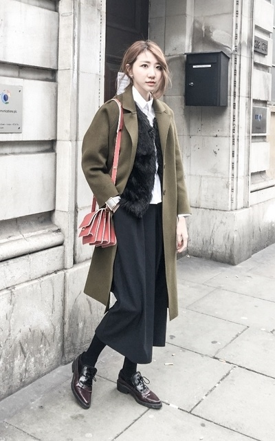 適合SCHOOL、SIMPLE、LONDON、MINIMALIST、WINTER STYLE、BAG、SHIRT、VEST、MARNI、ASOS、TOPSHOP的穿搭