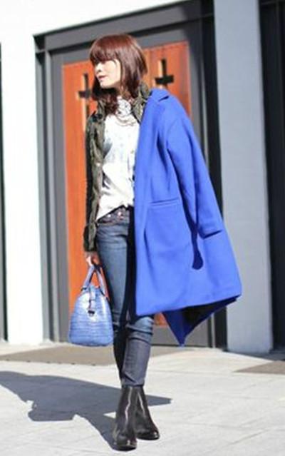 適合帥氣、休閒、寶藍大衣、皮衣、短靴、MAISON NOIR、DRESS CODE、ALEXANDER WANG的穿搭