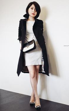 時尚穿搭:黑與白的平衡