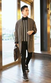 無品牌 灰白直條寬鬆西裝外套的穿搭