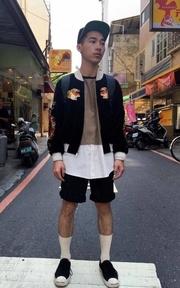 WE ARE 1730 橫須賀刺繡外套的時尚穿搭