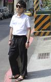 網購 九分寬版西裝哈倫休閒褲的時尚穿搭