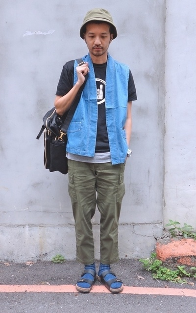 適合URBAN OUTDOOR、MIX&MATCH、PLAIN-ME、STREET、和風背心、軍褲、COP BY PLAIN-ME的穿搭