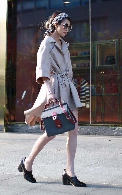 適合法式復古、風衣洋裝、復古包包、MIYUTI、VINTAGE的穿搭