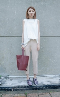 時尚穿搭:color beige in the begging of Sep