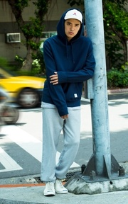 CONVERSE ESSENTIAL COLLECTION 服飾的穿搭